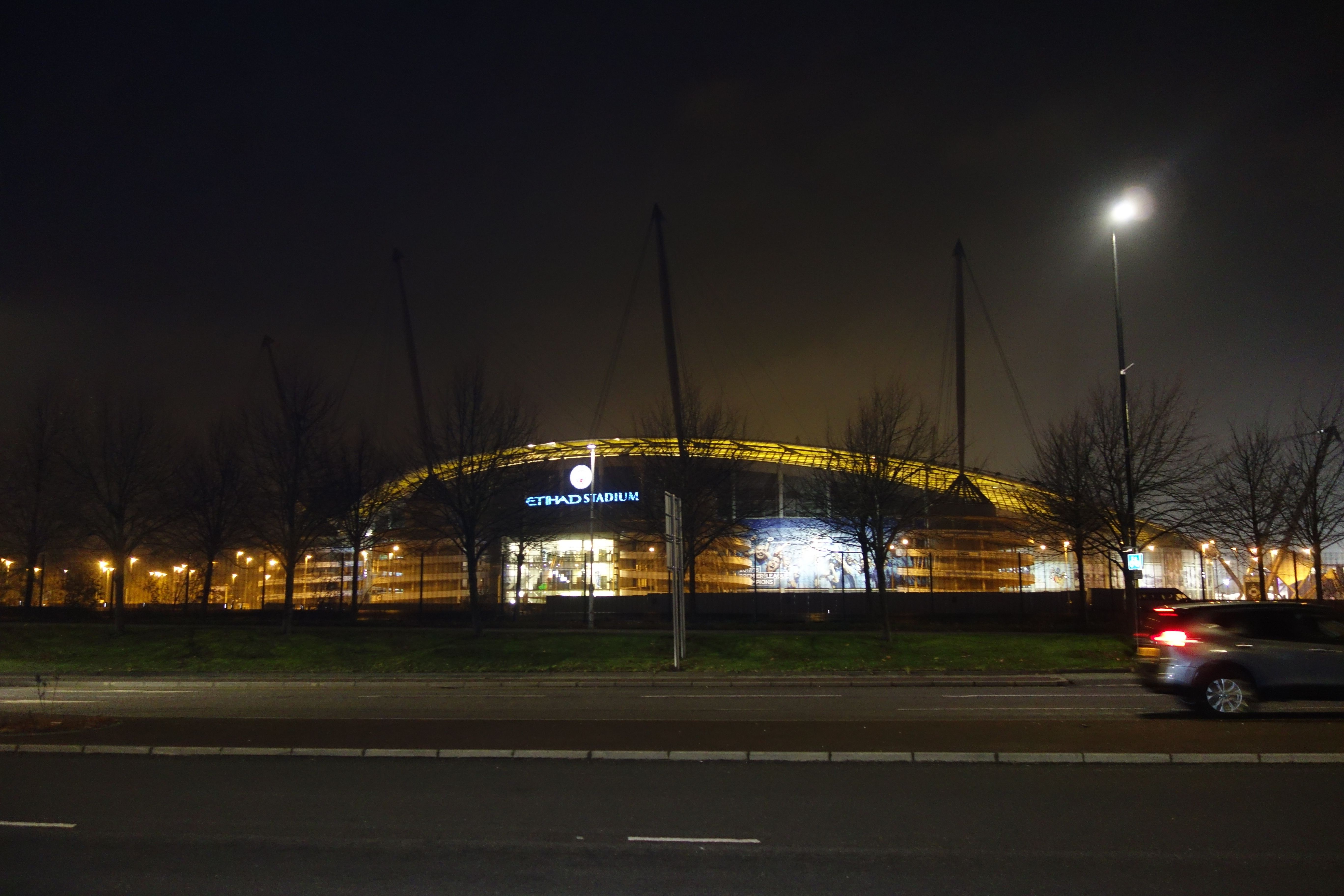 Etihead štadión